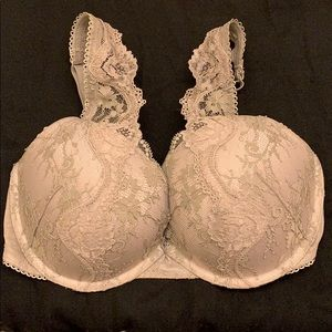 Victoria's Secret Dream Angels Laced 34DD